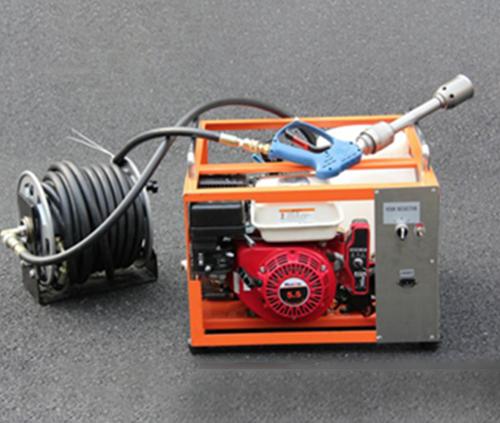 XFY18/4-A型移动式高压细水雾灭火装置